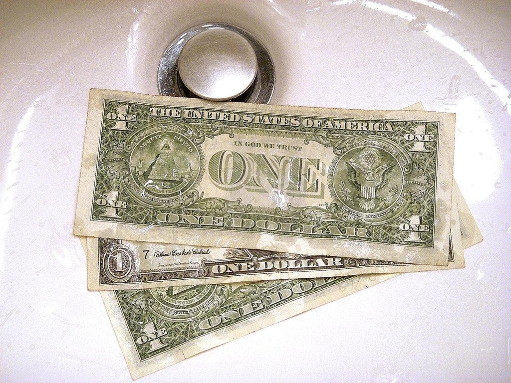 Как не допустить слив депозита?